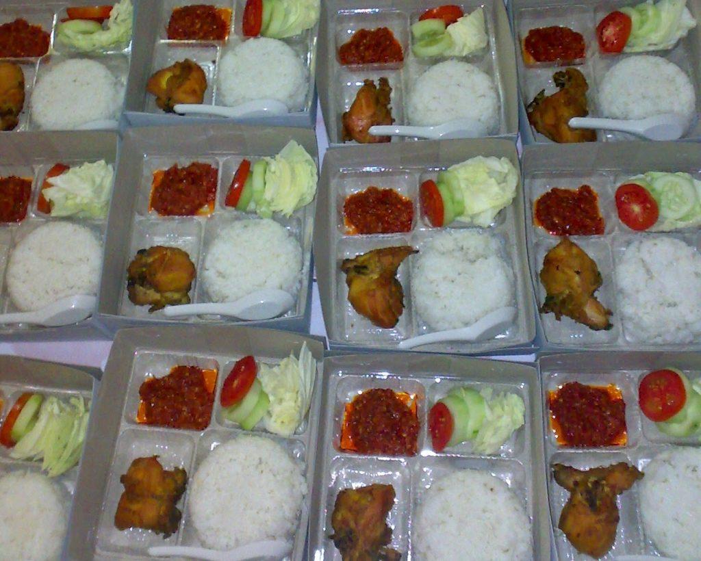 Paket Catering Nasi Kotak atau Nasi Box